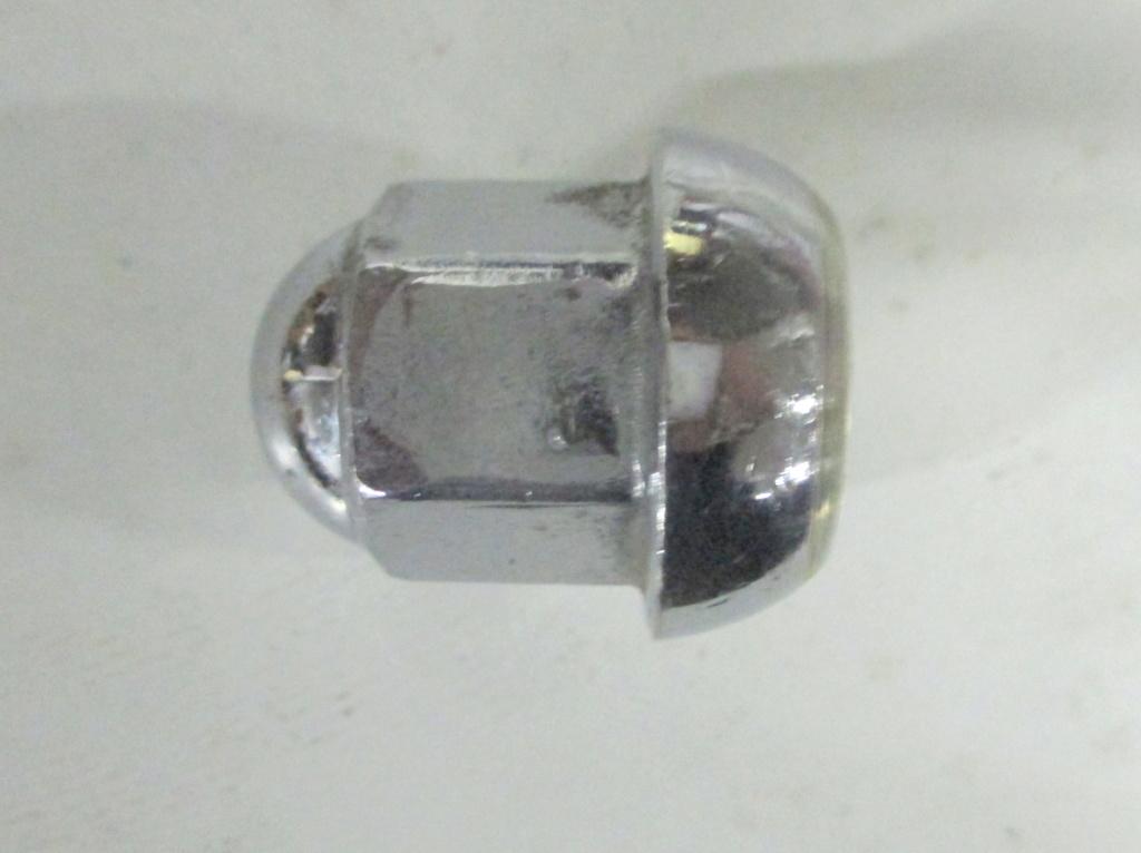 €12/pezzo singolo - Dadi ciechi pe ruote 1 serie per cerchi in lega Campagnolo in ottone Dado_r10
