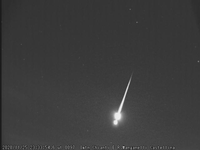 Fireball 20201125 23.33.54 UT  M2020110