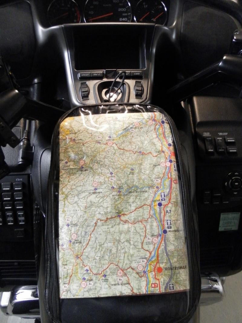 """A 100 000 Kms...pourquoi pas un """"Lifting"""" - Page 3 Sam_4111"""