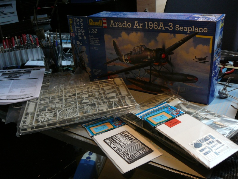 Neues Projekt nach der Bakteria: Revell Arado AR 196 A3 in 1:32 P1140920
