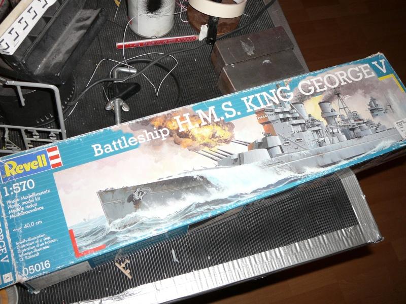 Kurzes Intermezzo: HMS King George V 1:570 in RC... P1150132