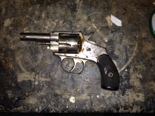 Identification d'un revolvers ancien. Image10