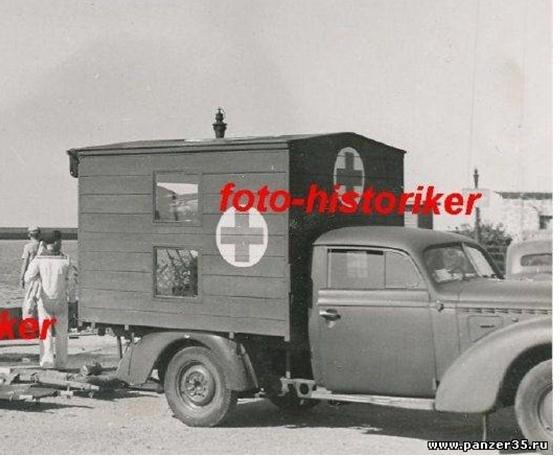Opel ambulance 1/35  kit ICM et scratch  Photo_10