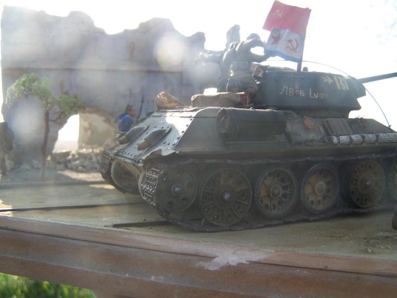 T34/76 mod D ,Crimée,avril 1944 - Page 2 100_7610
