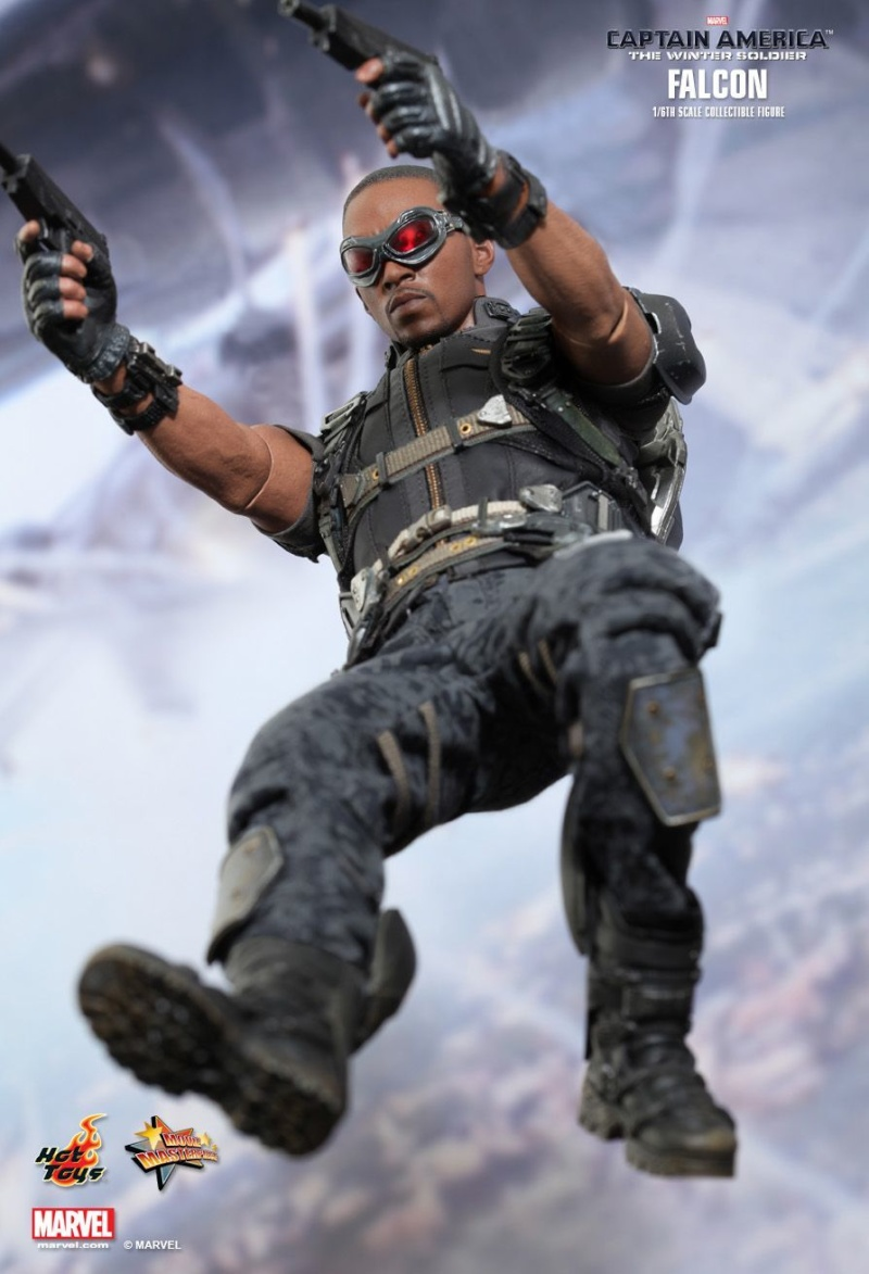 HOT TOYS - Captain America: The Winter Soldier - Falcon Mms24534