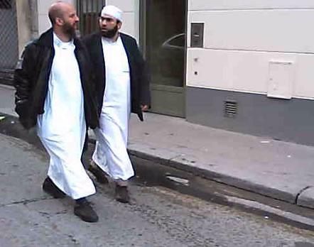 Pourquoi tant de conversion à l'Islam? Urlhtt12
