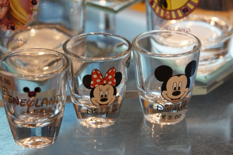 collection verres Disney  - Page 3 Dsc09614