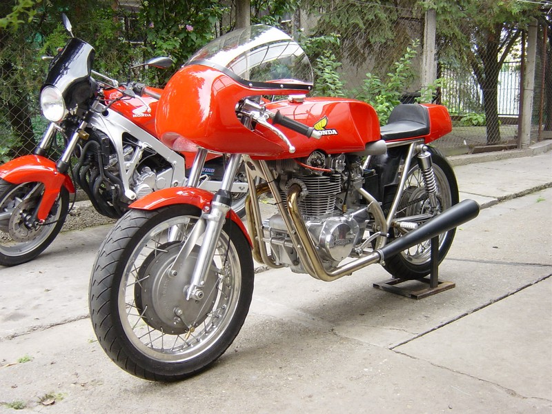 cb 400 four super sport 1976 du savoyard74 Normal10