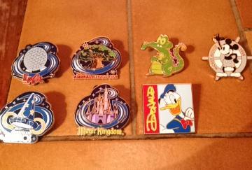 Le Pin Trading à Disneyland Paris 10298810