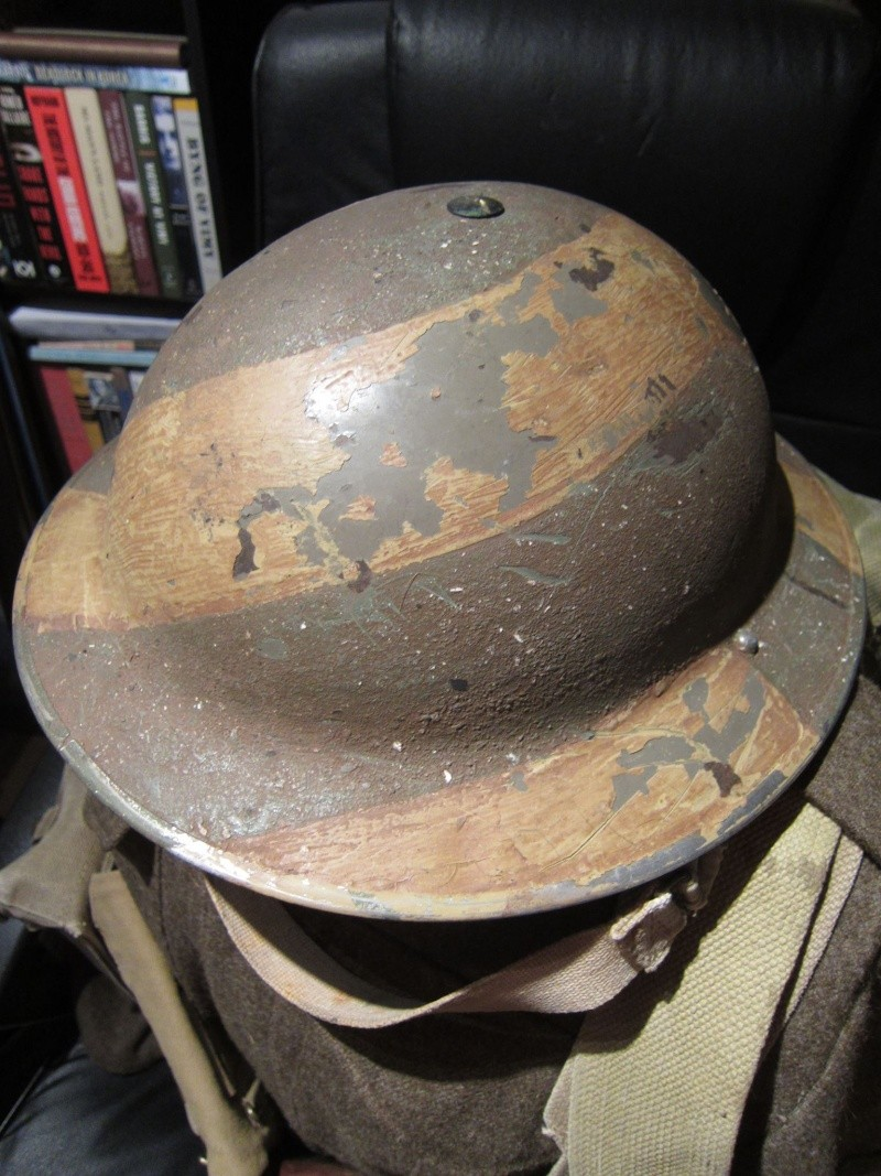 Lets see your favorite worn Canadian/Commonwealth helmets with nice aged patina 19799911