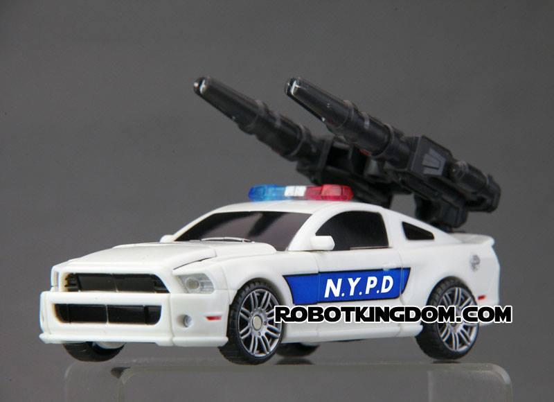 [TFC Toys] Produit Tiers - Jouets Prometheus (aka Protectobots - Defensor/Defenso) Street12