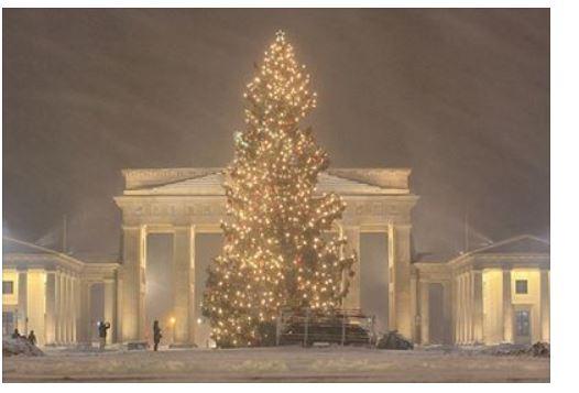 Our Amazing World - Christmas around the World Amazin13