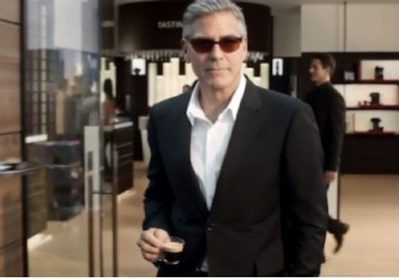 George Clooney and Matt Damon in New Nespresso Adverts  - Page 2 Cloone19