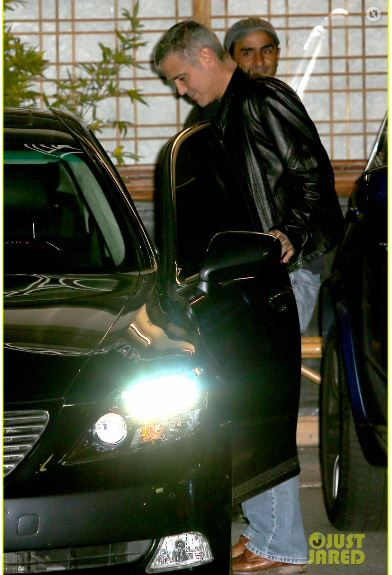 George Clooney out to dinner in Studio city  Cloone22