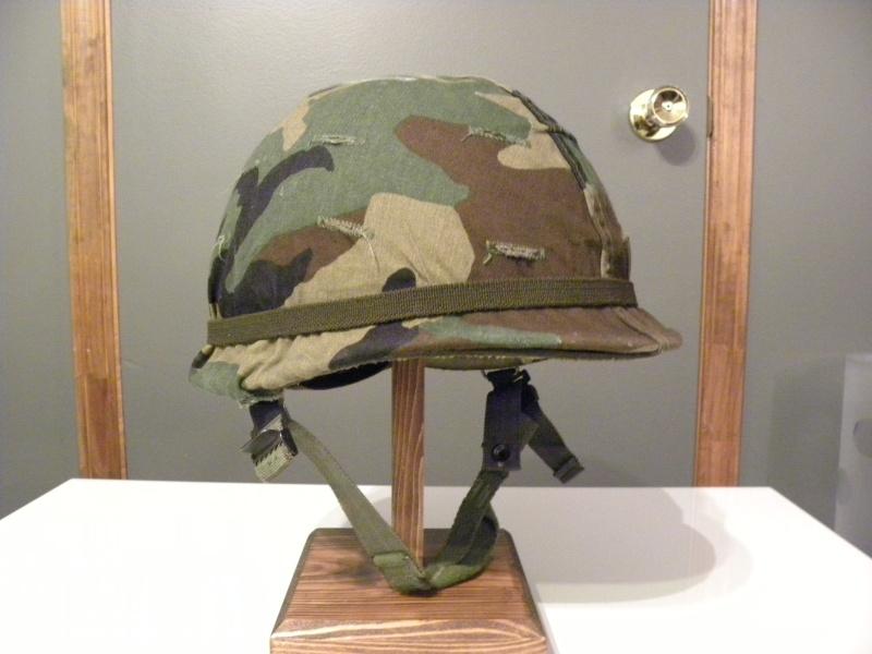 R22e M1 helmet  Dscn8510