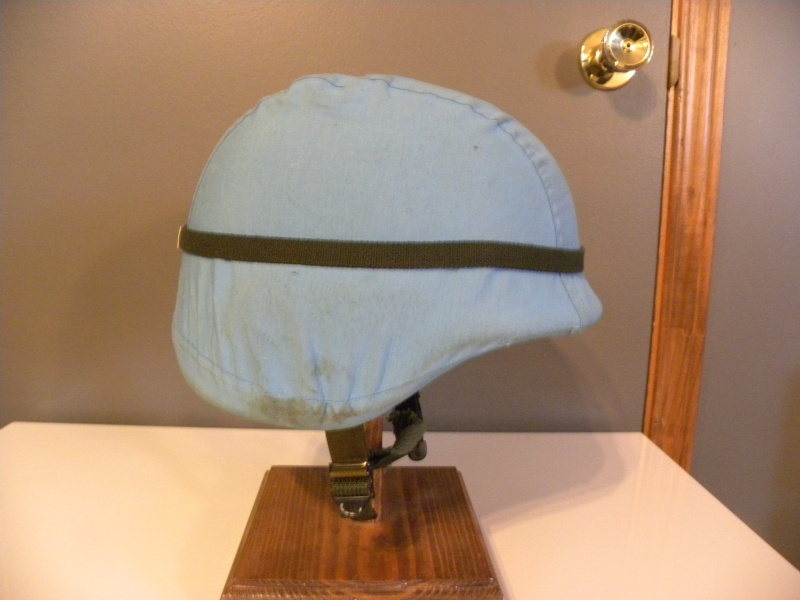 PASGT helmet with UN cover  Dscn8628