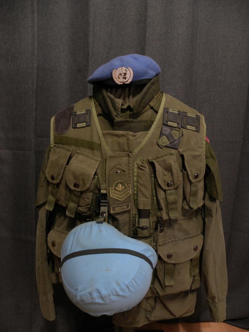 R22e regiment master corporal united nations display  Dscn8716