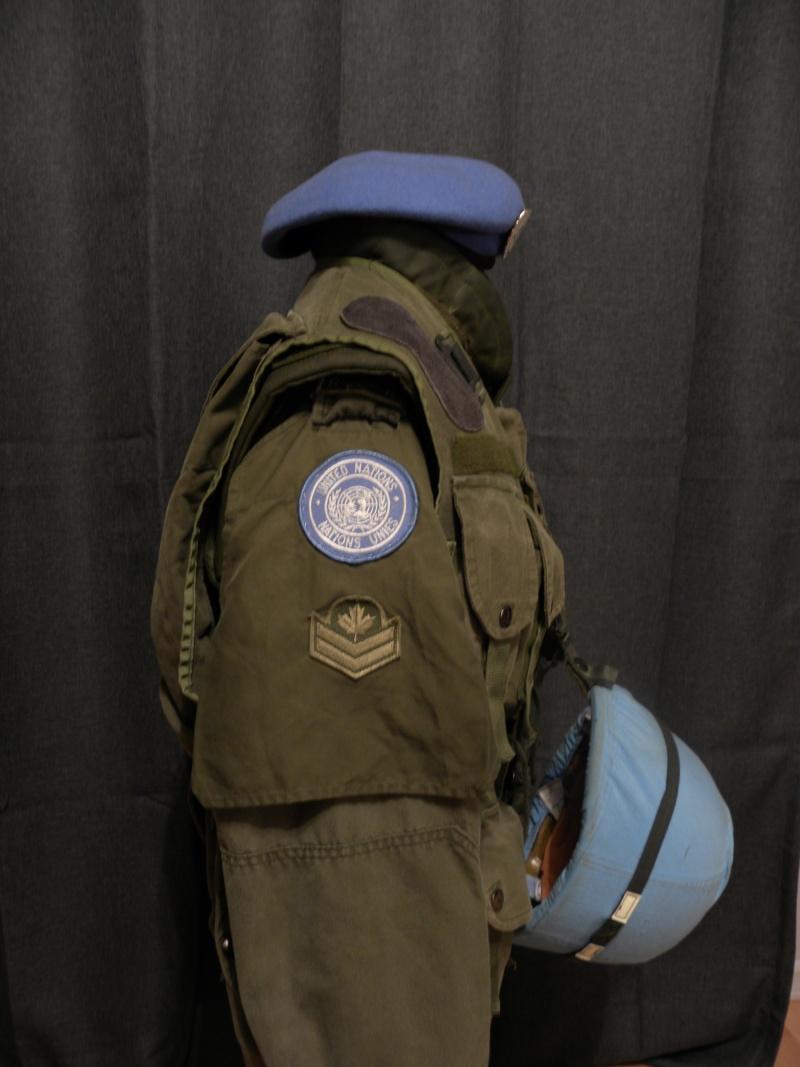 R22e regiment master corporal united nations display  Dscn8717