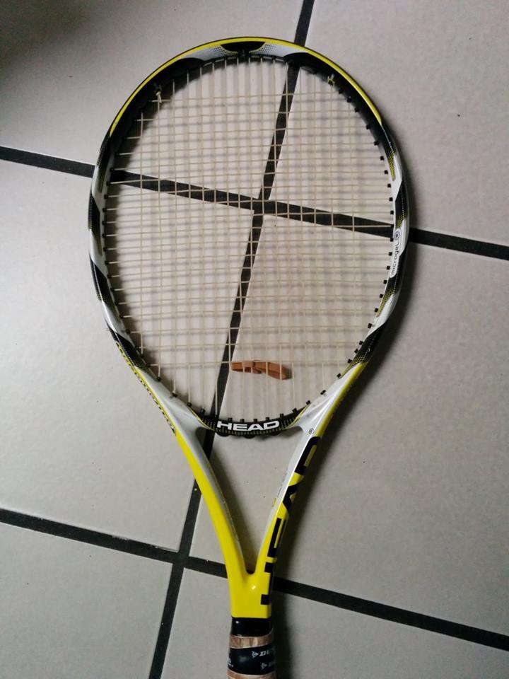 Head Extreme Pro Mid Plus.... non spinge...corde che aiutino Racche12
