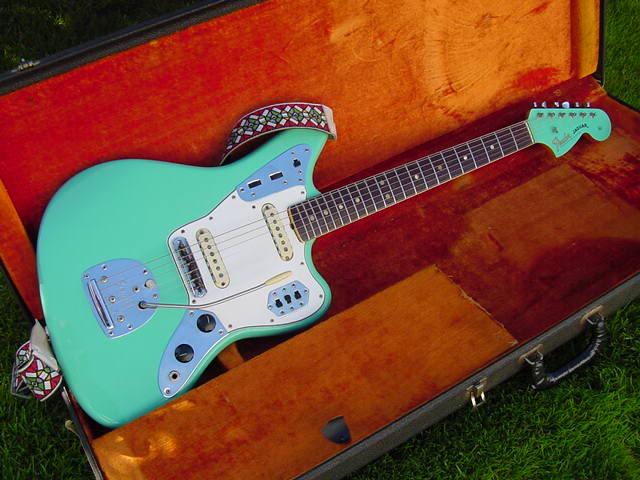 Fender Jaguar ..... - Page 2 Surfgr10