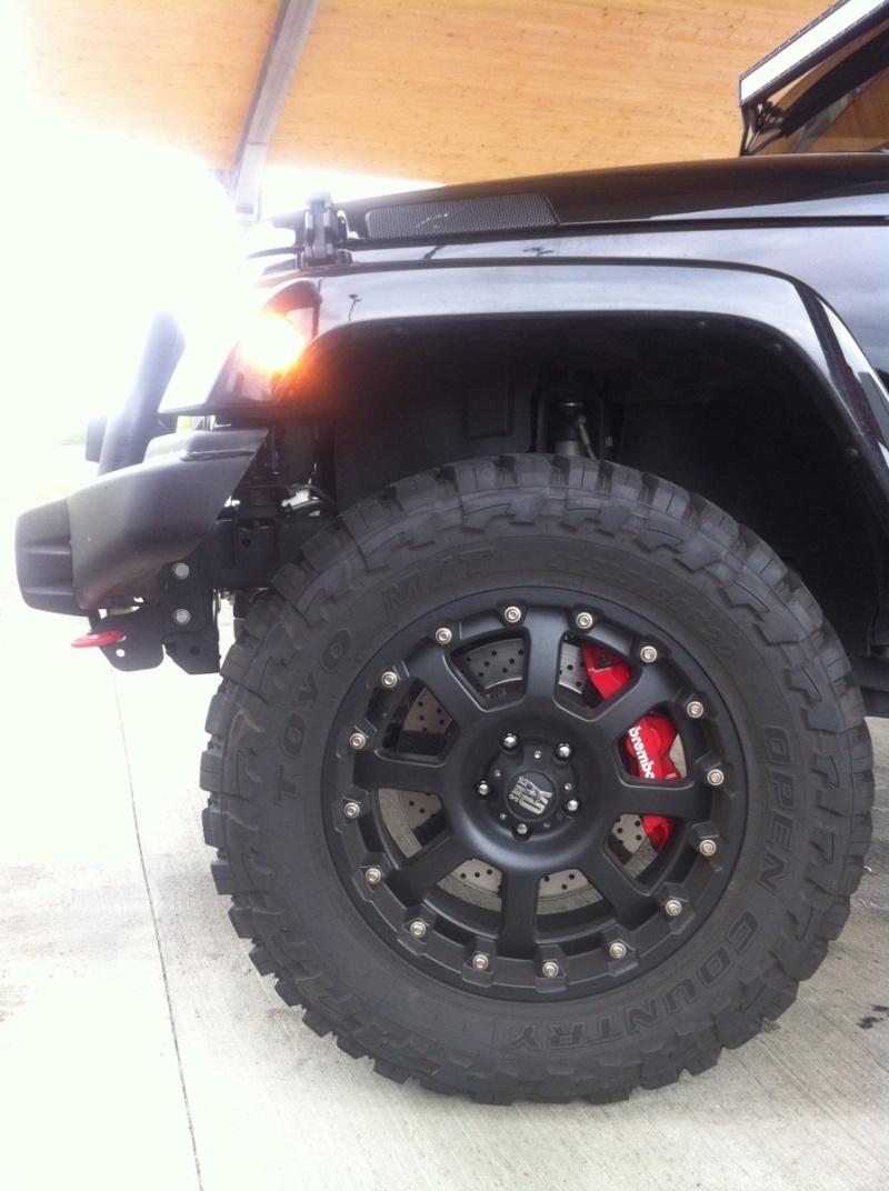 Jeep wrangler SRT8 Img_4611