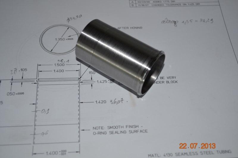 Construction du Rolls-Royce Merlin à l'échelle 1/4 - Page 2 86_80010