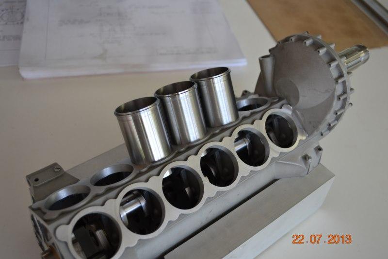Construction du Rolls-Royce Merlin à l'échelle 1/4 - Page 2 88_80010