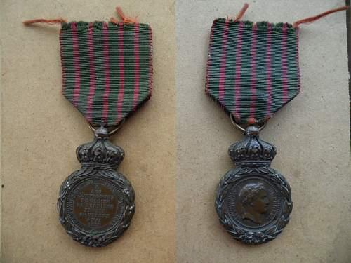 Les rubans de la médaille de Sainte Hélène. Nap_0010