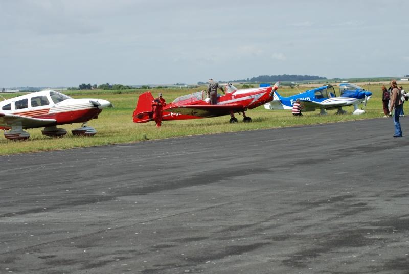 Avions de voltige à Fontenay le Comte Dsc_0472