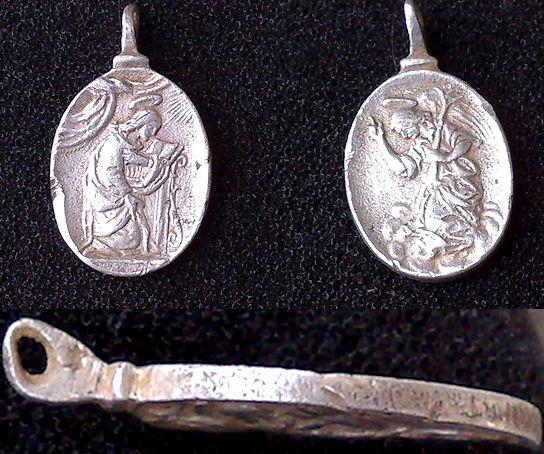 Virgen María en la Anunciación / Arcangel Gabriel, S.XVII (R.M. SXVII-O315) 13955010