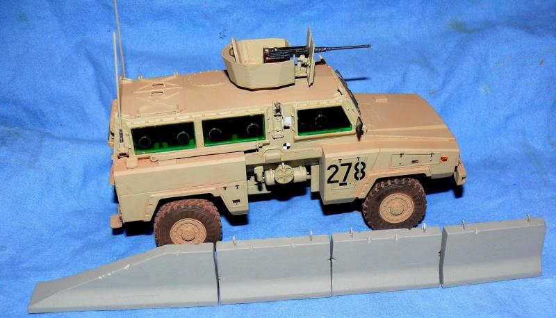 RG 31 MK3 US ARMY MINE-PROTECTED ARMORED PERSONNEL CARRIER de Kinétic au 1/35 ème Photo553