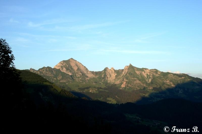 """"""" La haut sur la montagne """" ou, Franz et ses escapades alpines ... - Page 2 Img_4913"""