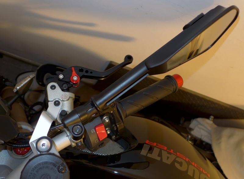 TUTO:remplacer ses leviers de frein et d'embrayage par des leviers Rizoma P1000814