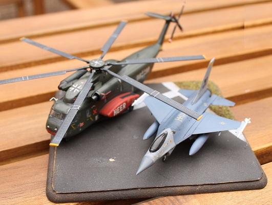 [Revell - 1/144] Sikorski CH-53 Stalion Ch-53-14
