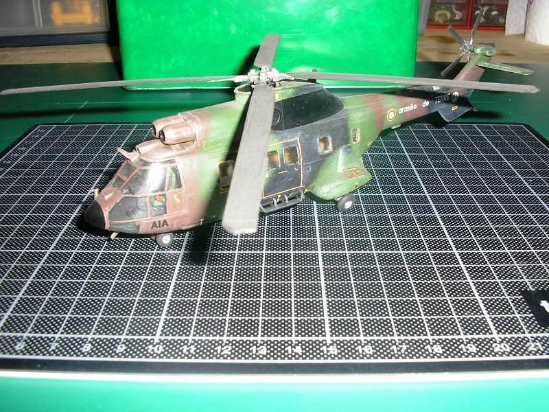 [Heller] - AS 332 SUPER PUMA Centre Europe - Rèf 80??? Helico12