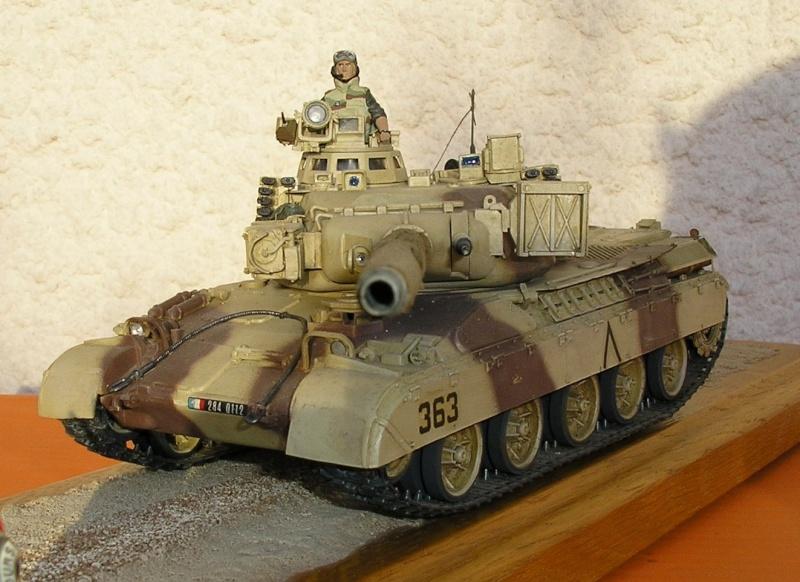 [HELLER] AMX30 B2 Division Daguet 1/35 [HELLER + Azimut] P1010073