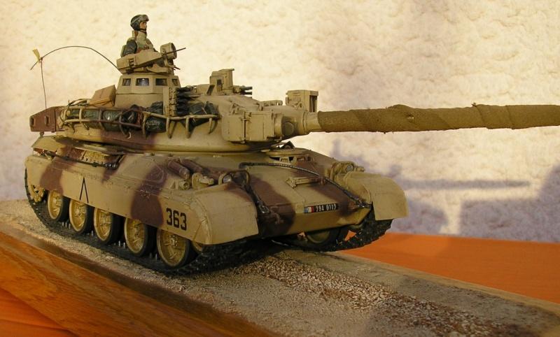 [HELLER] AMX30 B2 Division Daguet 1/35 [HELLER + Azimut] P1010075