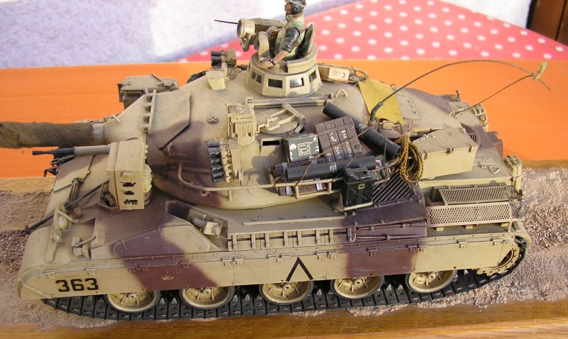 [HELLER] AMX30 B2 Division Daguet 1/35 [HELLER + Azimut] P1010082