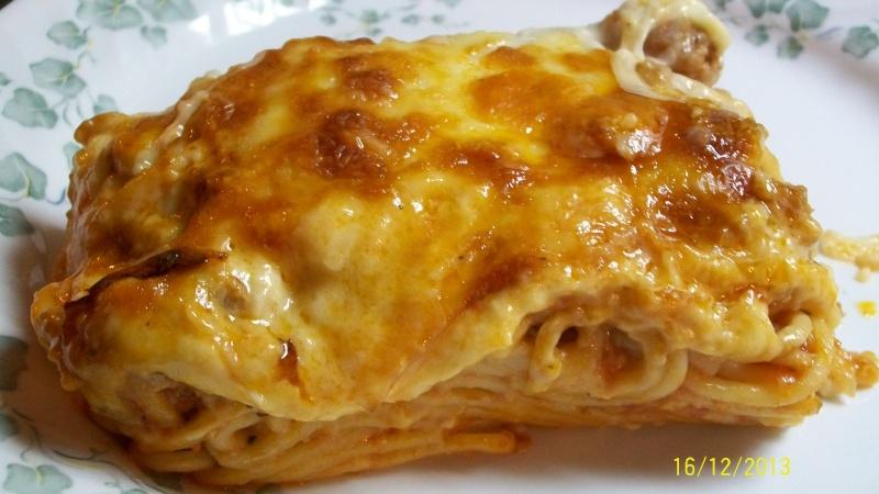 Gratin de spaghettis aux saucisses italiennes 100_5315