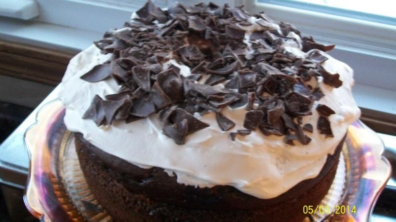 Gâteau au chocolat mouillé au caramel 100_5713