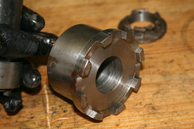 Extracteur écrous d'arbre de roue et écrous de moyeux Img_3330