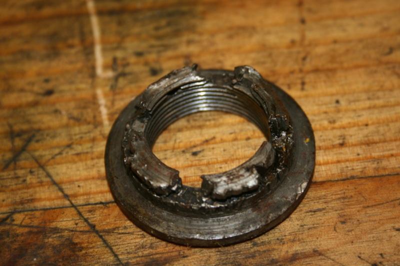 Extracteur écrous d'arbre de roue et écrous de moyeux Img_3333