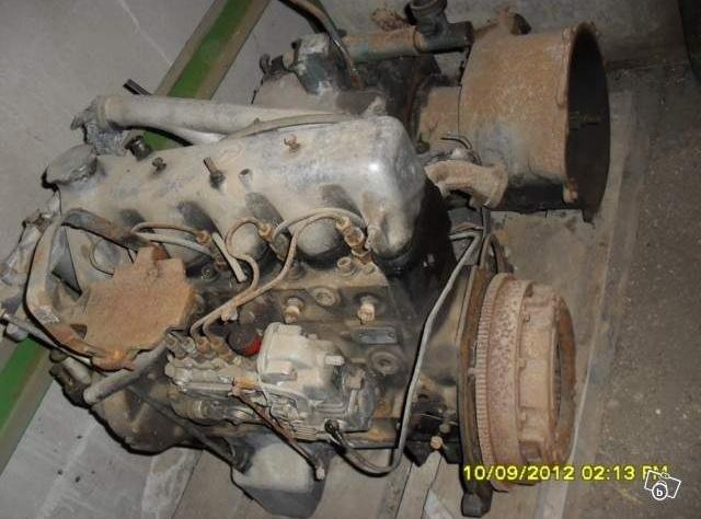 quelqu'un peut m'identifier ce moteur ? M210