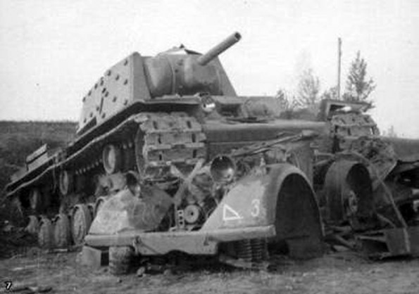 First encounter with a Russian KV-1 - June 23, 1941 Soviet11