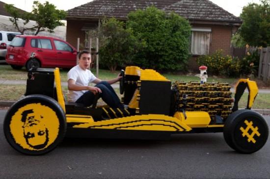 Romanian Genius Builds a car powered  by Air - No fuel Car10