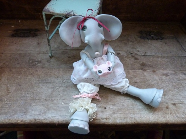 Violette, ma jolie petite Elephante de chez Jesliedolls - Page 2 Photo246