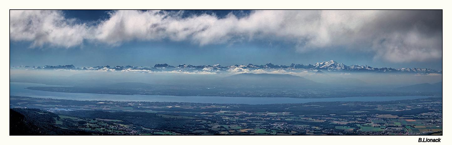 La chaîne du Mt Blanc vue du Jura Pano_m10