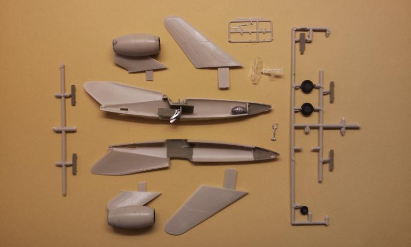 [Huma Modell] Folk Wulf FW Ta-283 2013-065