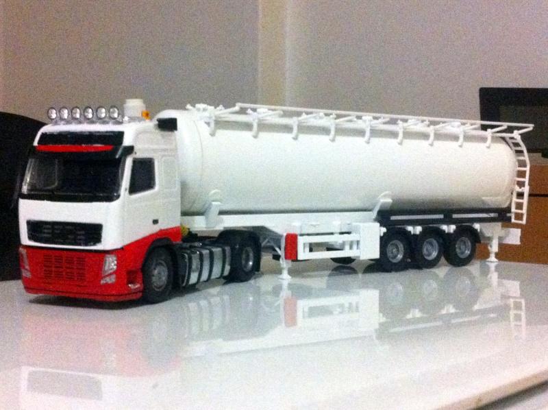Miniatures camions 1/50 et 1/43 de David 36. - Page 6 2010
