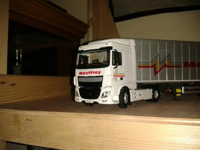 Miniatures camions 1/50 et 1/43 de David 36. - Page 6 Ffffff10